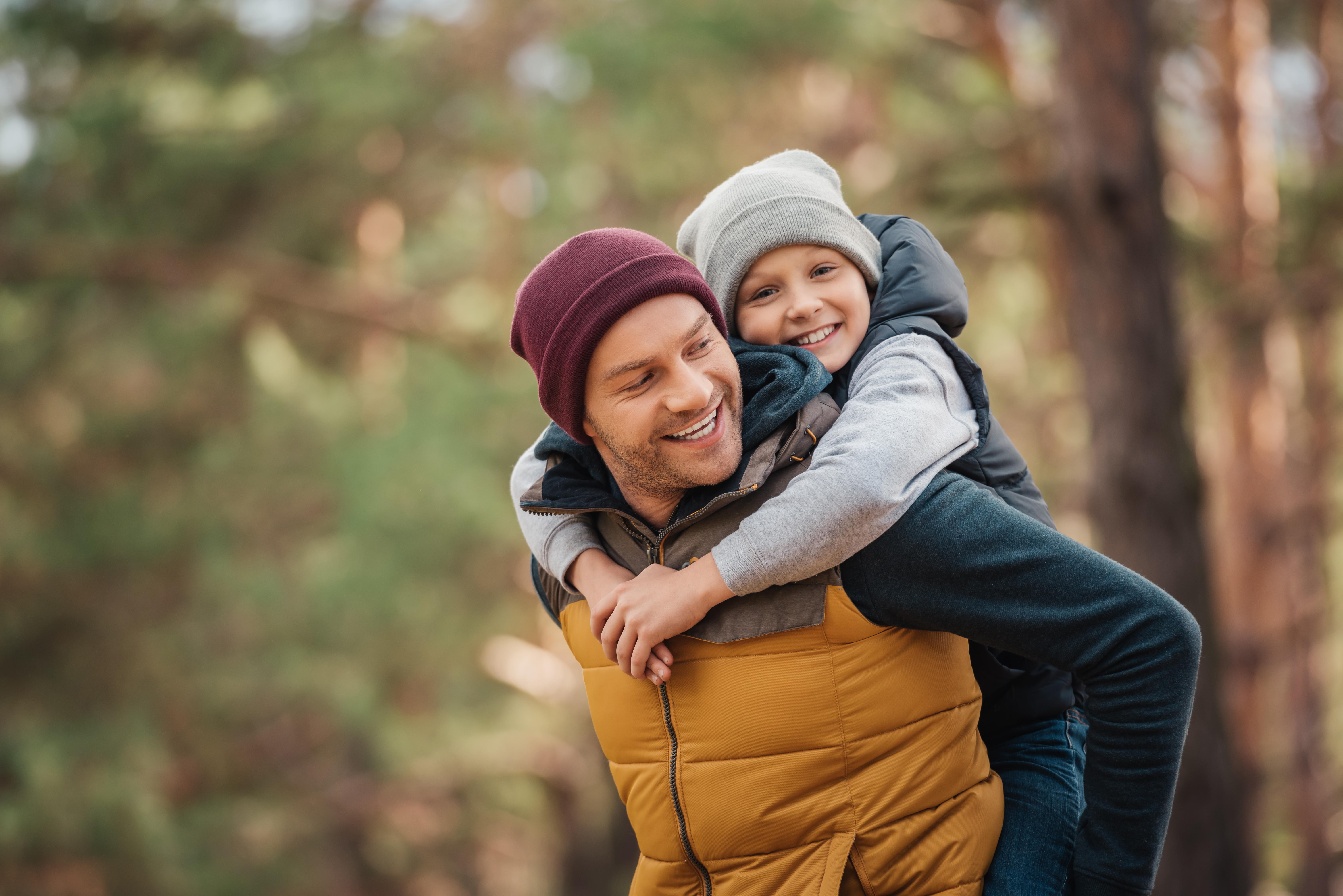 Vater mit Kind #liebestattlügen gegen #Trennungsmonster Trennungskind